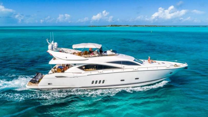 82' Luxury Sunseeker Yacht